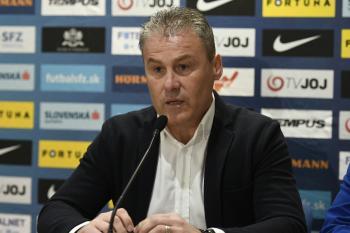 aeadb5b2e Tréner slovenskej futbalovej reprezentácie Pavel Hapal nominoval 24 hráčov  na blížiace sa zápasy proti Maďarsku (21. marca v Trnave) a Walesu (24.  marca v ...