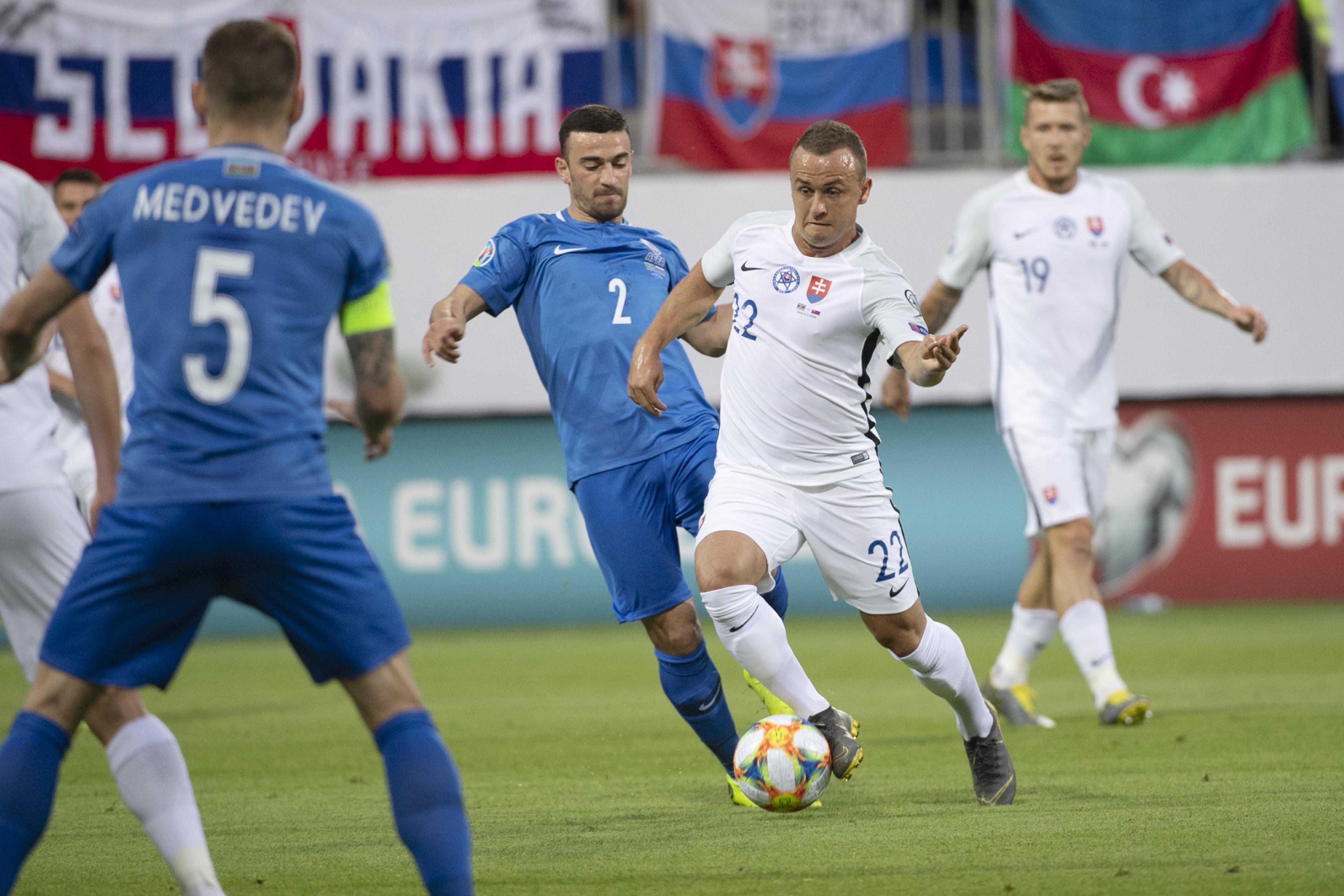 4ff4267930c1a Slovenskí futbaloví reprezentanti zvíťazili v azerbajdžanskom Baku nad  domácim národným tímom 5:1 v utorňajšom dueli kvalifikácie o postup na  budúcoročné ...